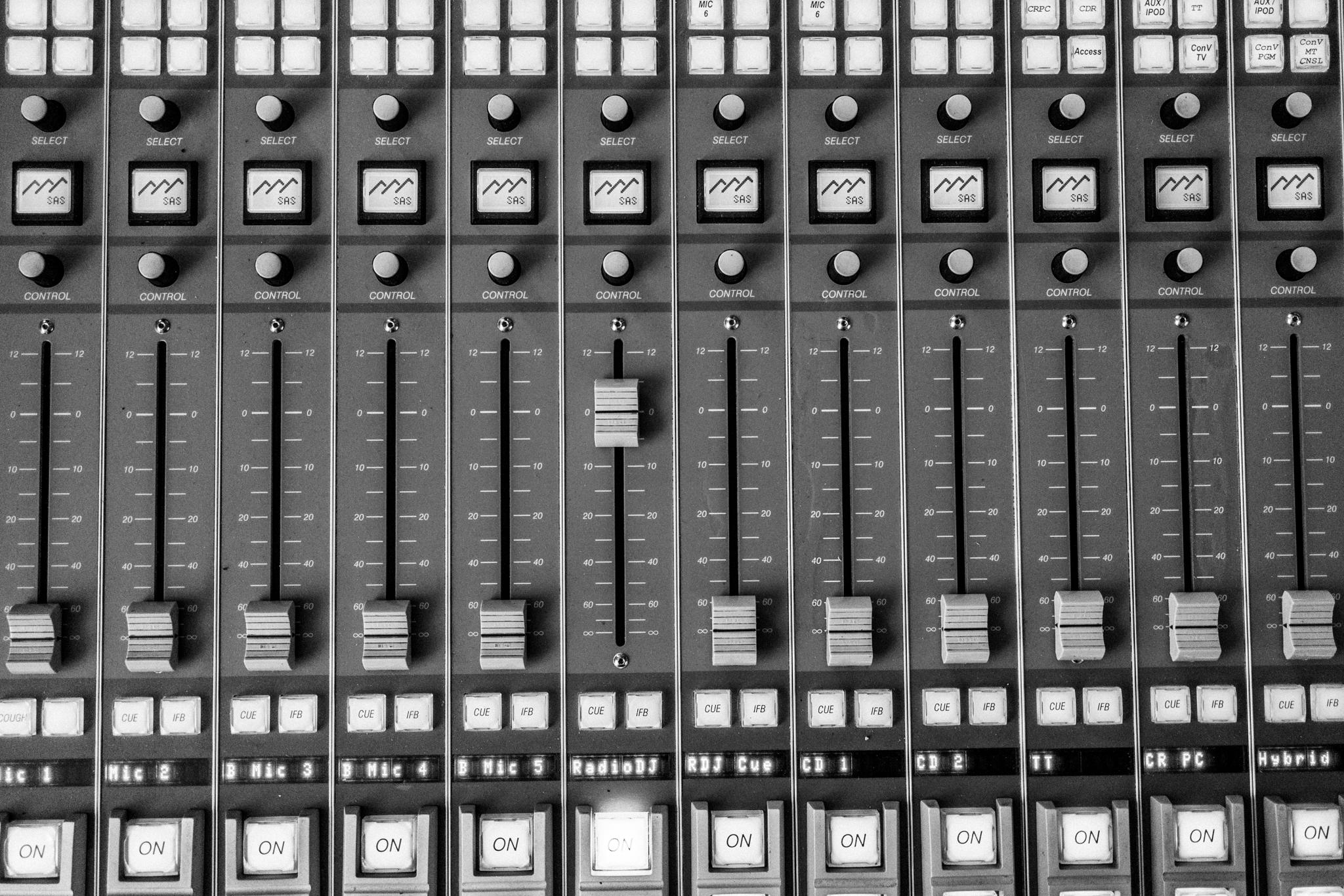 WLUW 88.7FM